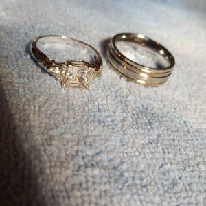 Stainless steel silver tone rings